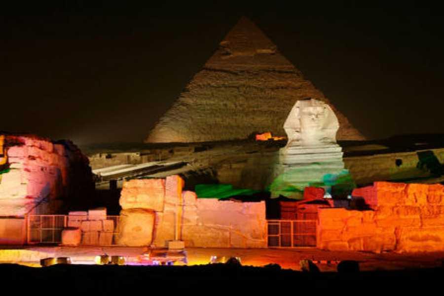 EMO TOURS EGYPT 声音和光显示在吉萨棉金字塔