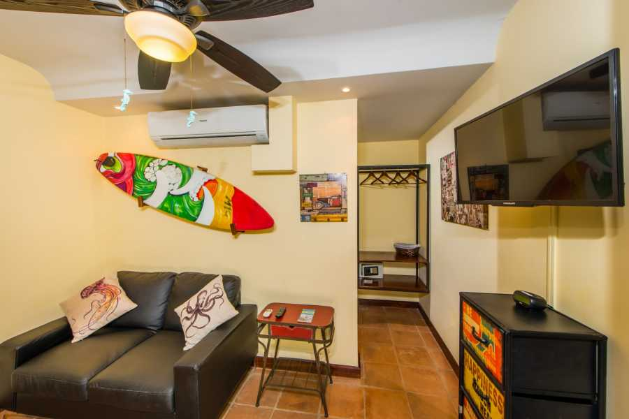 Kelly's Costa Rica Travel Suite