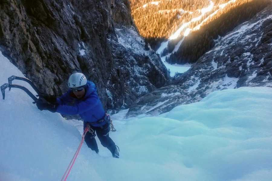 TRAVELSPORT Outdoor Activities STAGE DI ICE CLIMBING - BASE