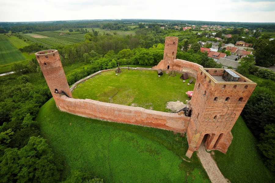 One Day Tour PLAYING THE HISTORY GAME- THE CHERSK CASTLE