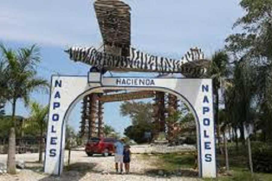 Medellin City Tours Pablo Escobar Hacienda Napoles full day tour
