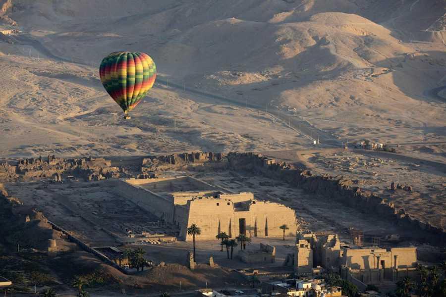 Marsa alam tours Exkursionen nach Kairo und Luxor mit dem Heißluftballon von El Gouna