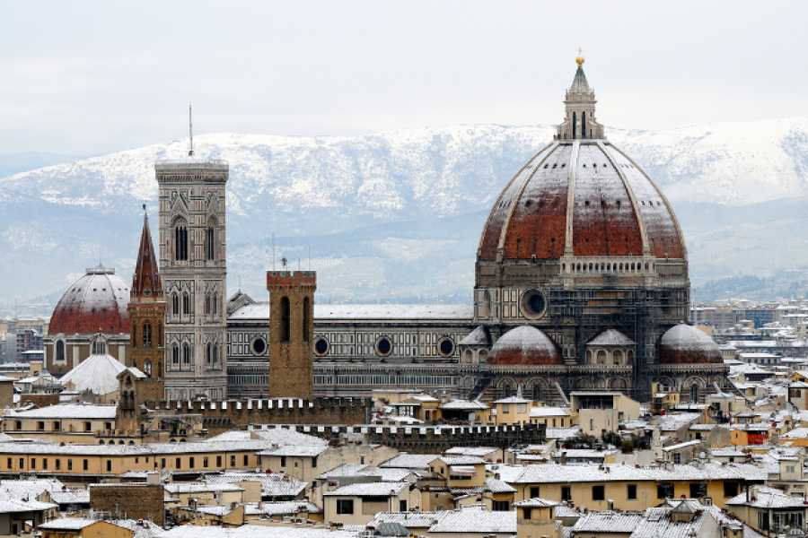 ACCORD Italy Smart Tours & Experiences VISIT THE DUOMO COMPLEX AND WALKING TOUR