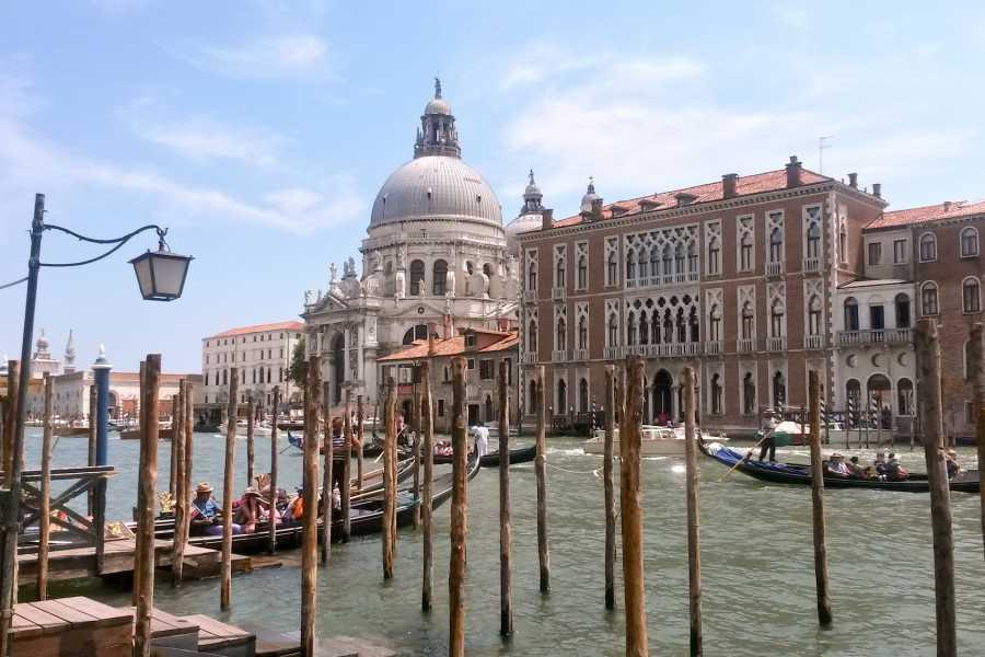 Venice Events S.a.s. Classical Venice Combined Tour: gondola ride, Saint Mark's basilica & Doge's palace