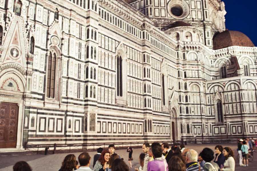 ACCORD Italy Smart Tours & Experiences LE LEGGENDE DI FIRENZE  - TOUR A PIEDI DI GRUPPO
