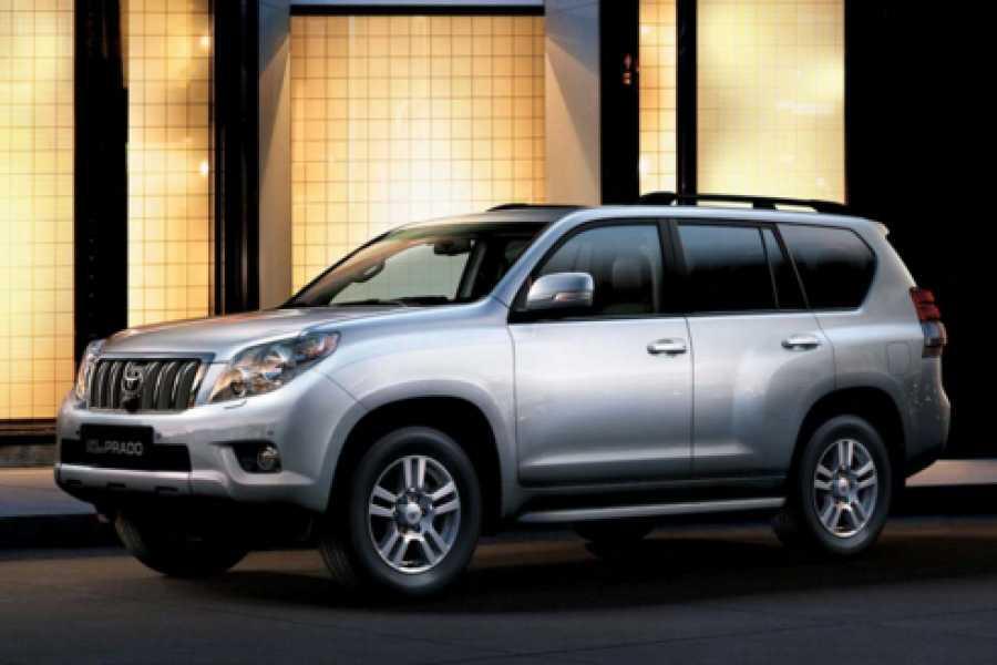 Pura Vida Casas Adventures Zoom Rental Car: Toyota Land Cruiser