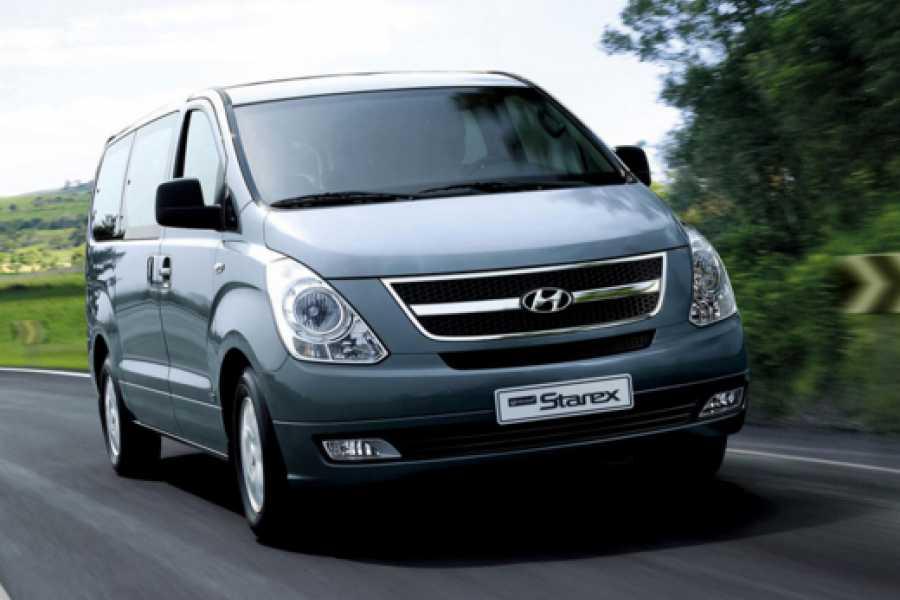 Pura Vida Casas Adventures Zoom Rental Cars: Van Hyundai Gran Starex