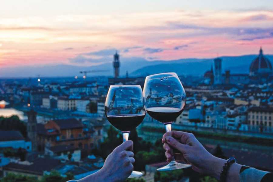 ACCORD Italy Smart Tours & Experiences GUIDED WINE TOUR OF FLORENCE AT SUNSET - GROUP TOUR