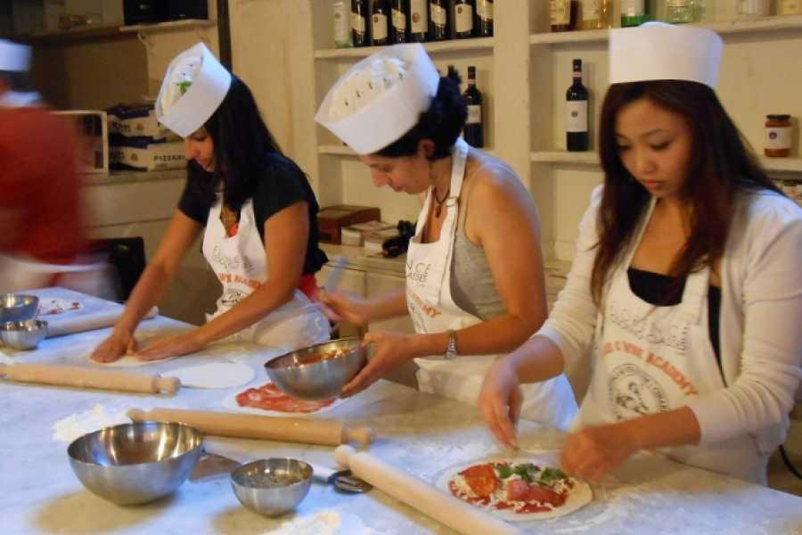 ACCORD Italy Smart Tours & Experiences PIZZA E GELATO - SCUOLA DI CUCINA