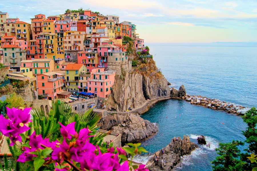 ACCORD Italy Smart Tours & Experiences CINQUE TERRE – THE SCENT OF SEA BY BUS