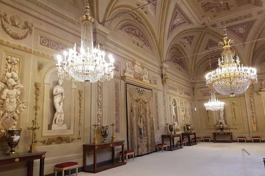 ACCORD Italy Smart Tours & Experiences PRIVATE VISIT TO THE PITTI PALACE – PALATINA GALLERY & BOBOLI GARDENS