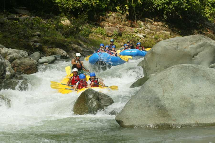 Pura Vida Casas Adventures Half Day Rafting Tours: El Chorro
