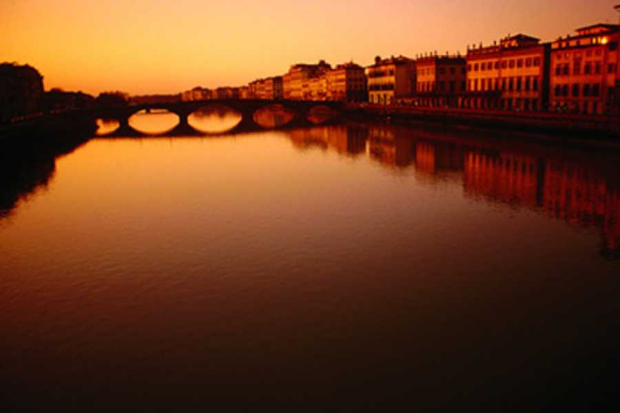 ACCORD Italy Smart Tours & Experiences PRIVATE TOUR LEGENDS OF FLORENCE, WALKING TOUR BY NIGHT!