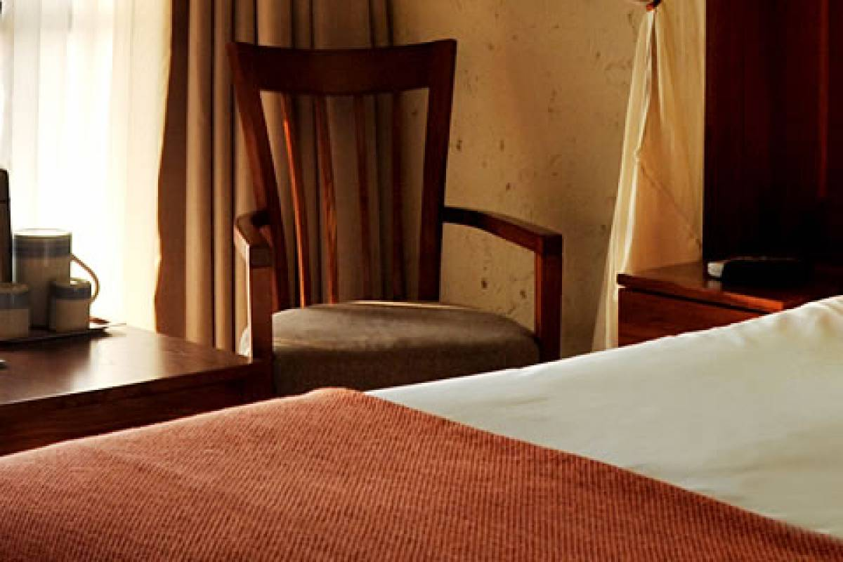 e-Tourism t/a SimplyTravel Cresta Mowana Safari Resort & Spa