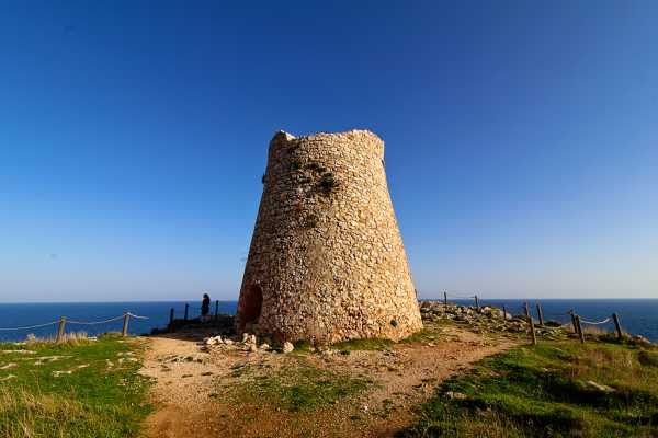 Destination Apulia VAN TOUR SALENTO - Daily trip