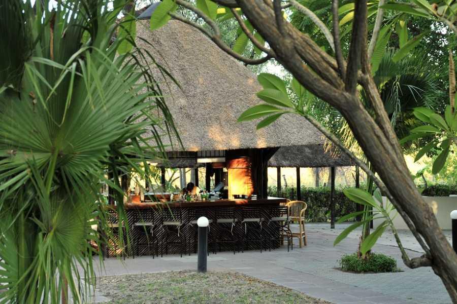 e-Tourism t/a SimplyTravel Cresta Riley's Hotel