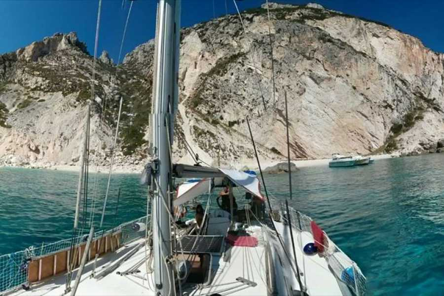 Destination Apulia WEEKEND IN GRECIA SU BARCA A VELA