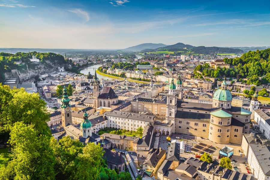 Vienna Explorer - Tours and Day Trips Private Tour to Salzburg