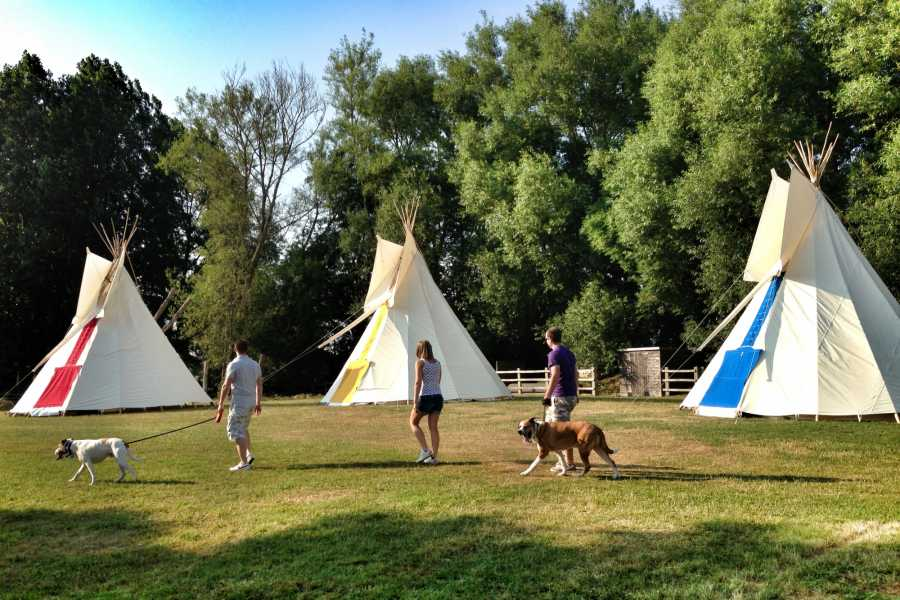 South Cerney Outdoor Cotswold Tipi Experience