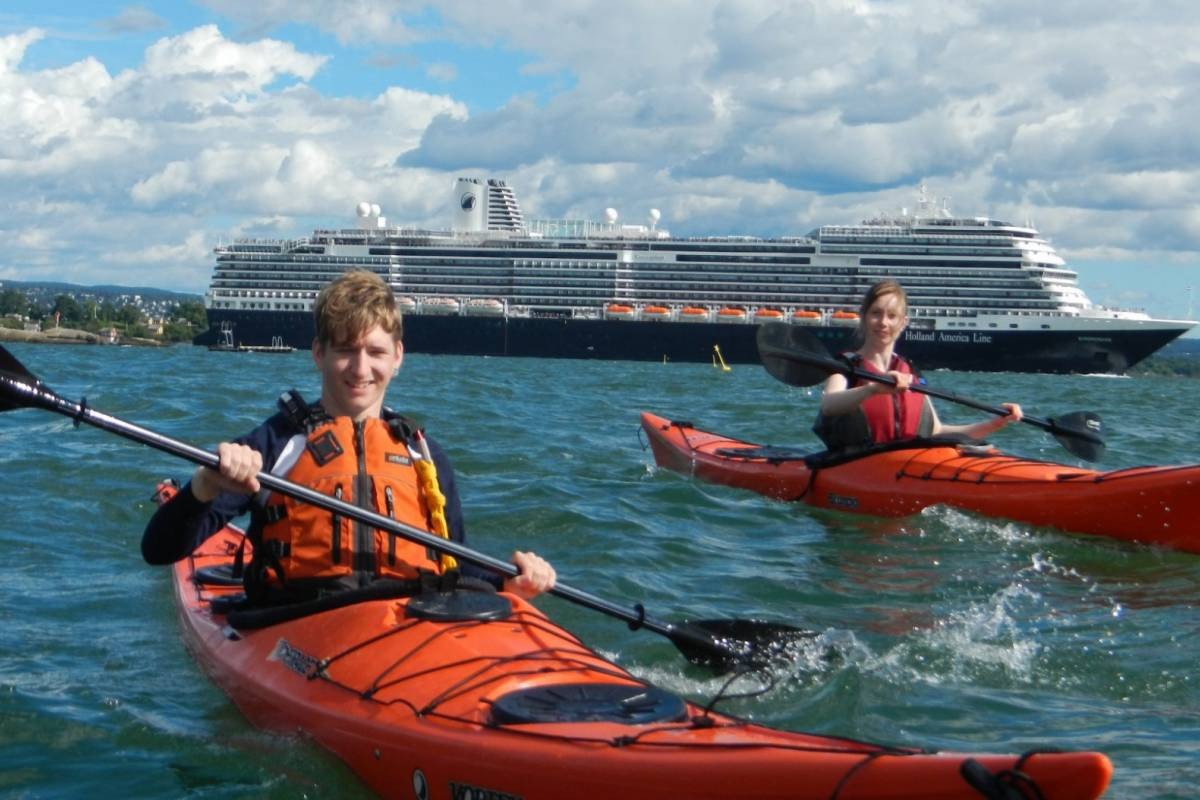 viking biking 3 Hour Kayaking Tour