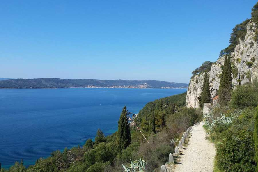 Sugaman Tours Hiking Marjan hill, Split