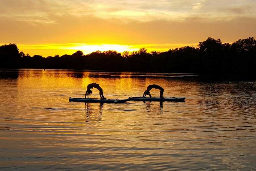 South Cerney Outdoor SUP Yoga - Combining Stand-Up Paddling and Yoga for a Great Workout
