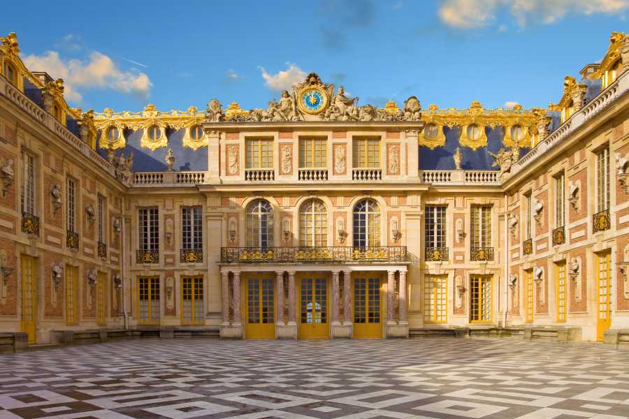 Memories France Private full day Versailles tour including the Domain of Marie Antoinette