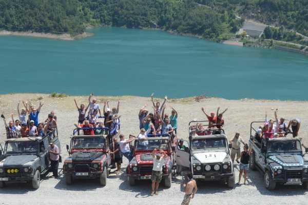 // Dim River Jeep Safari