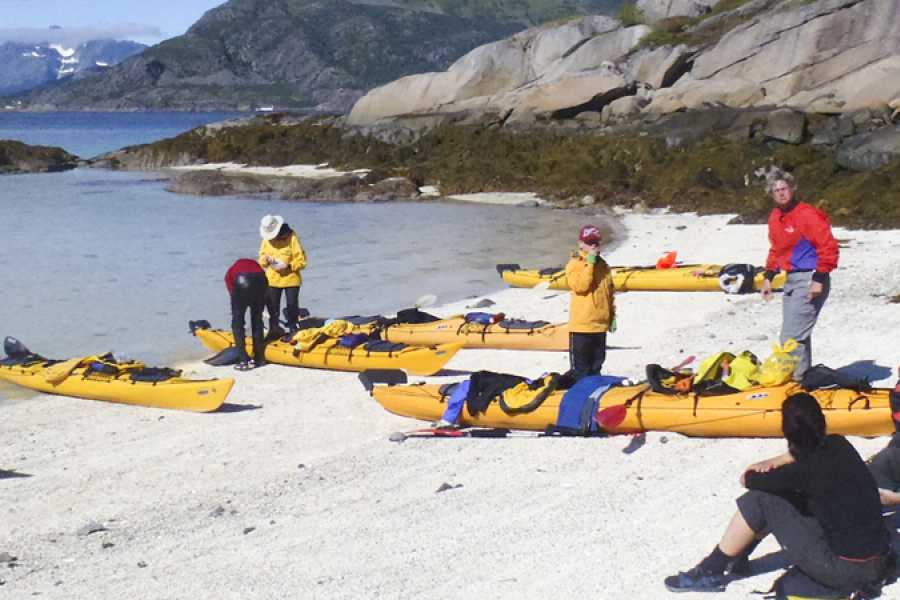 Lofoten Aktiv AS Seakayaking - 3 days