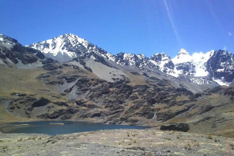 buhostours Laguna Chiarkota & Tuni Condoriri