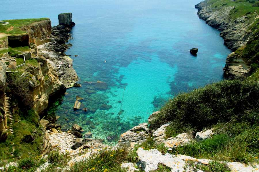 Destination Apulia boat tour by castro in the sulfur caves