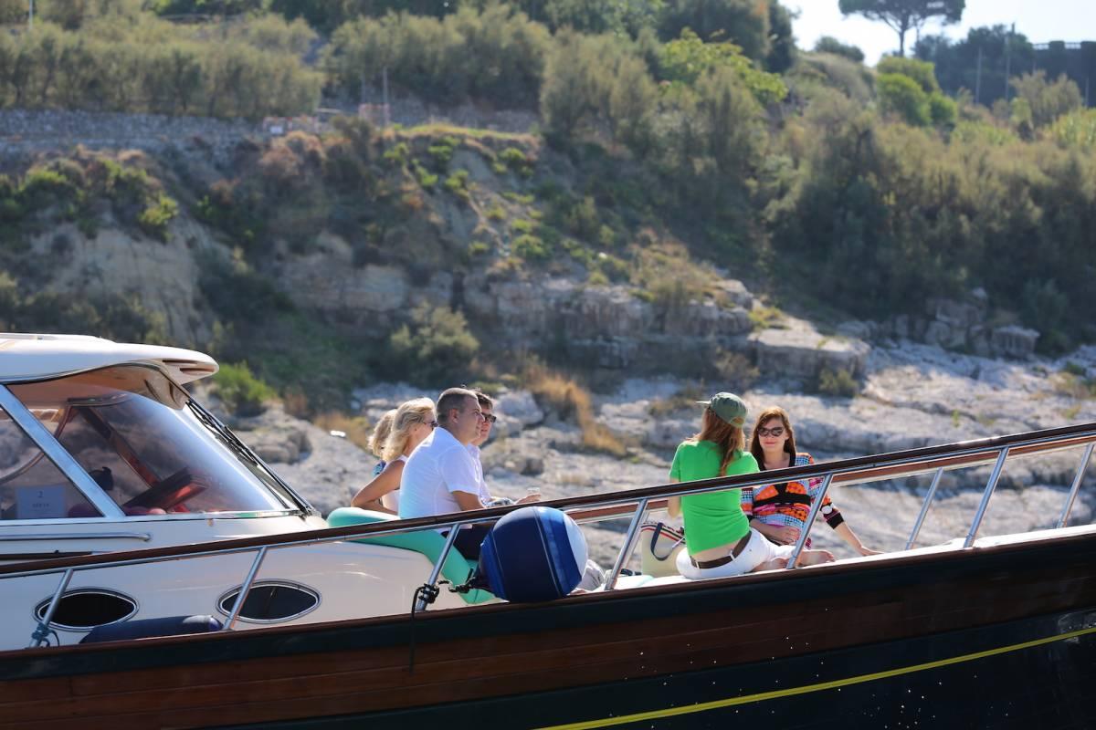 Travel etc Discover Capri from Herculaneum / T. del Greco