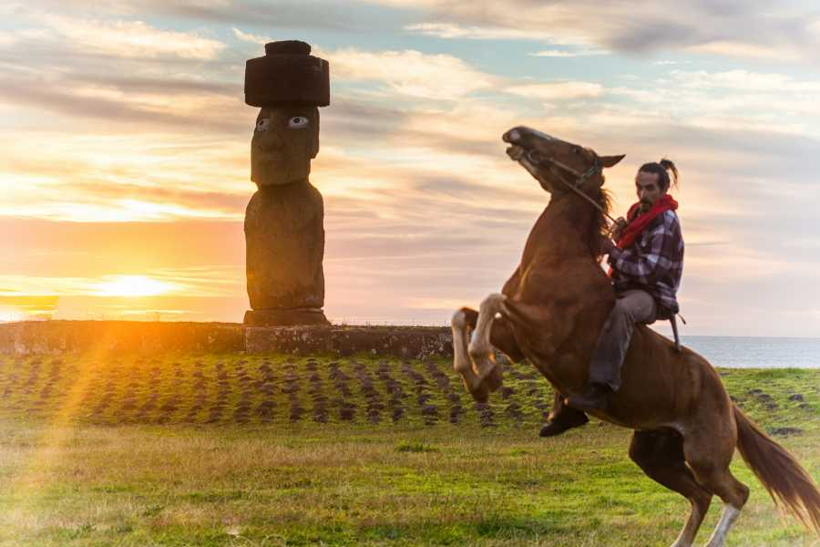 Green Island Tours - Easter Island Extreme Three-day Horse Trekking Adventure
