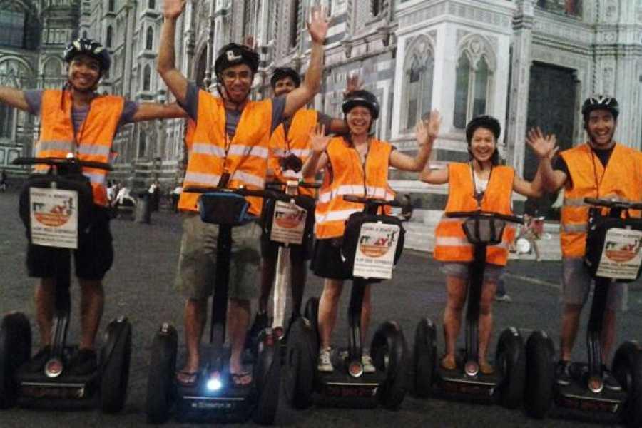 ACCORD Italy Smart Tours & Experiences TOUR SERALE DI FIRENZE CON IL SEGWAY