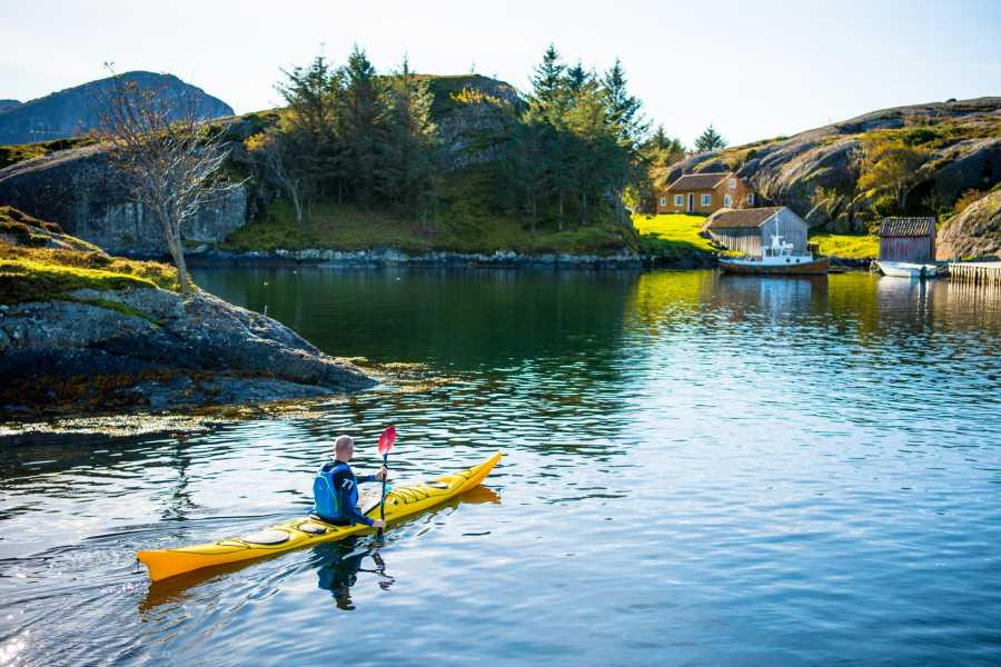Norsk Kystkulturakademi AS Guided Kayak Tour Solund (3 hours)