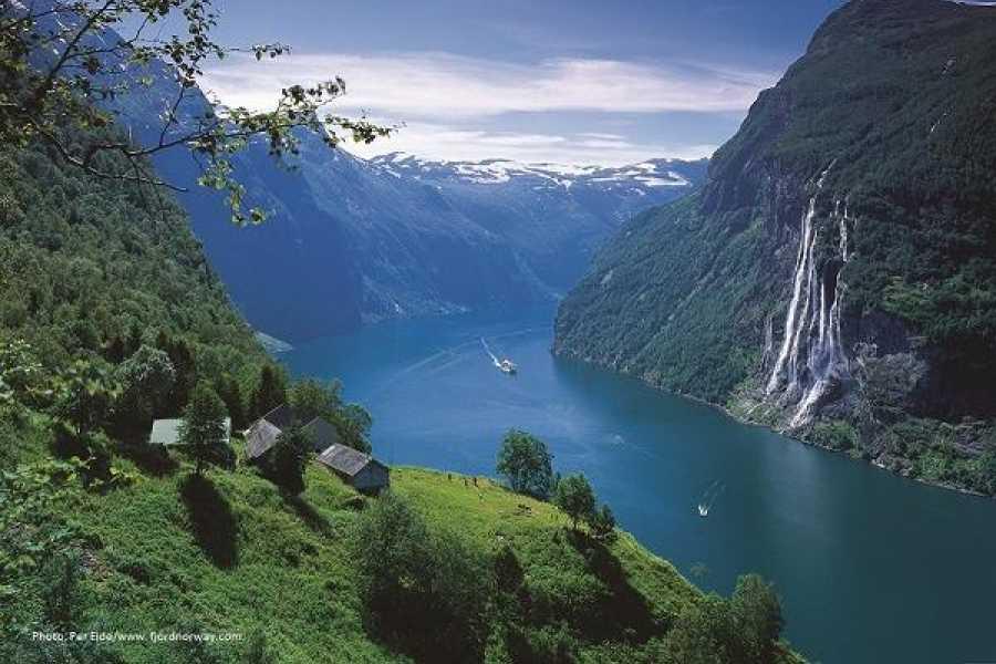 FRAM Enveistur Ålesund - Sjøholt - UNESCO Geirangerfjord