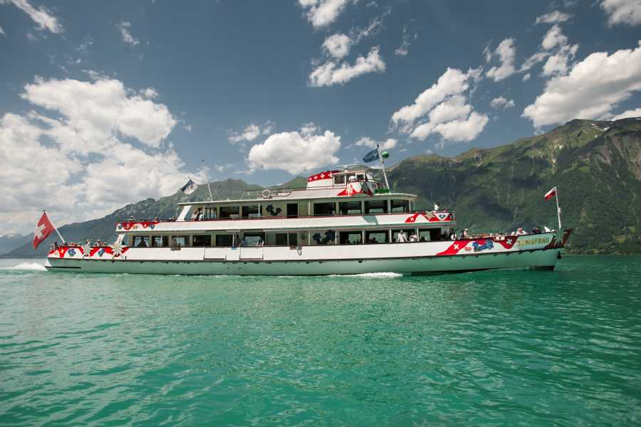 BLS AG, Schifffahrt Whisky Cruise on Lake Brienz