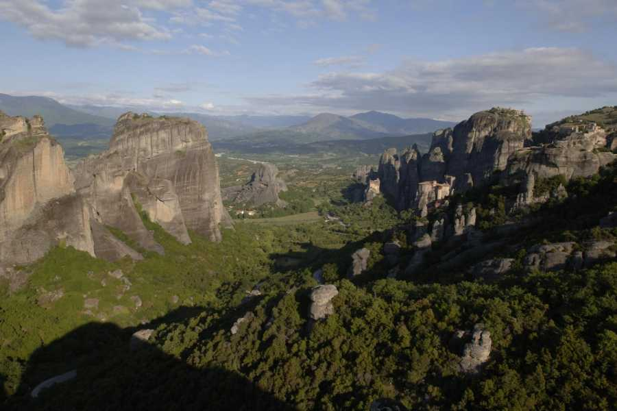 Visit Meteora The footsteps of the monks