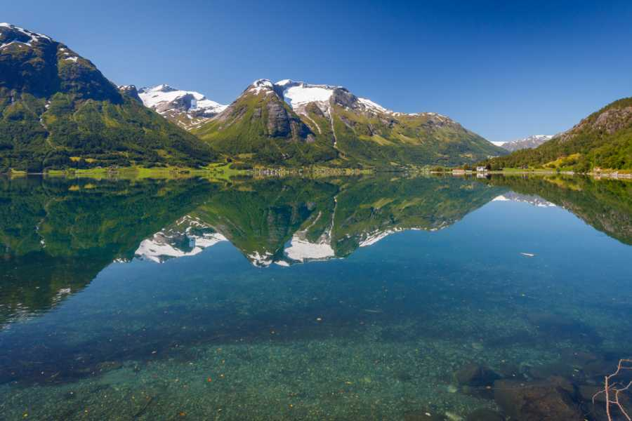 Norway Excursions Hellesylt - Geiranger - the majestic sightseeing tour