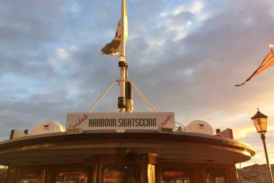 sundbaten Sundbåten, guided harbour sightseeing, one hour,12-13h