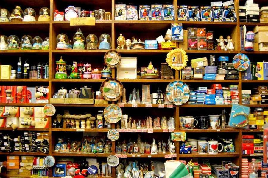 Bologna Welcome Traditional shops tour