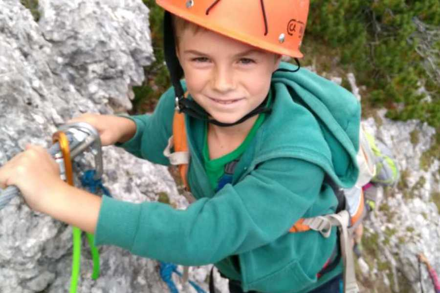 TRAVELSPORT Outdoor Activities ARRAMPICHIAMO IN FAMIGLIA!