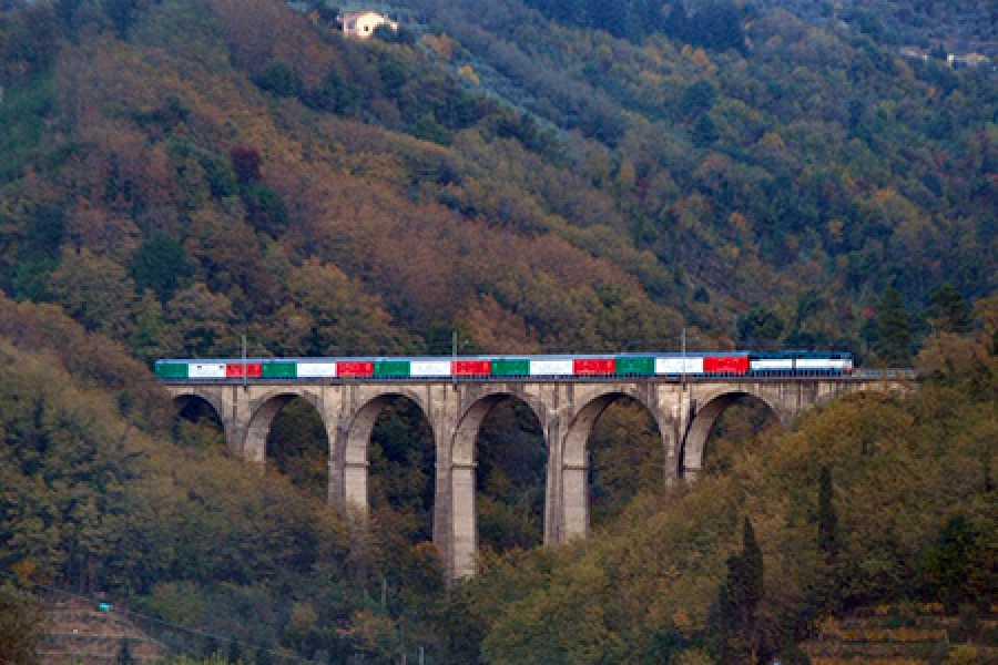 Bologna Welcome TRANSAPPENNINICA ED ESCURSIONE IN E-BIKE