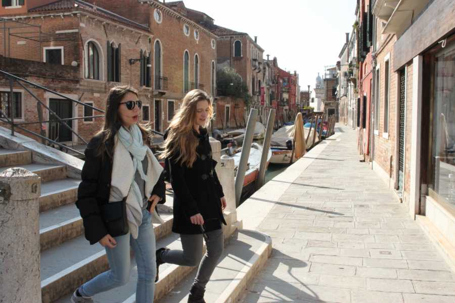 Italian Event Better STROLL AROUND VENICE WITH A LOCAL FRIEND - Regular tour