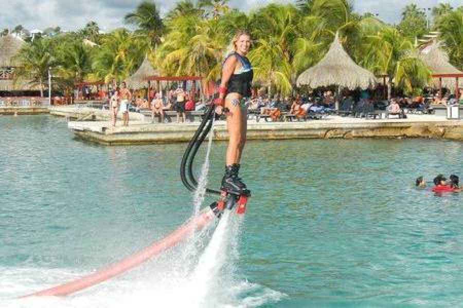 Coral divers Fly Boarding