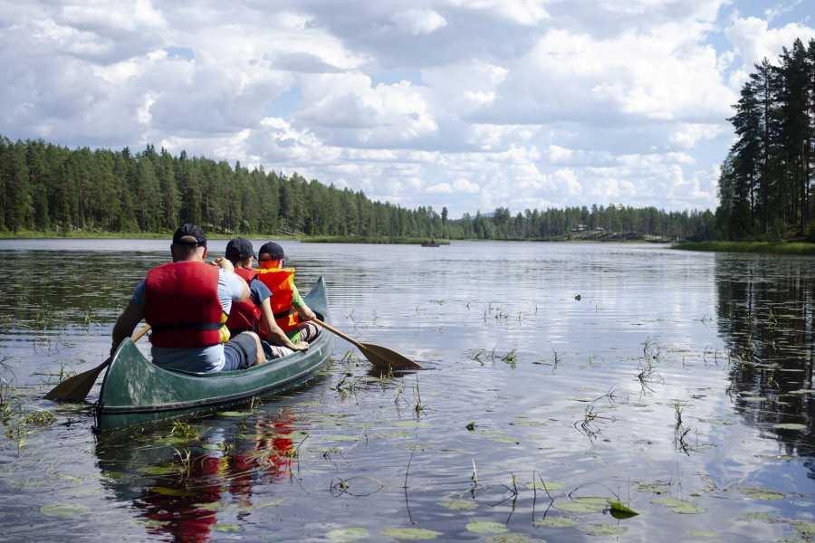 Finnskogen Adventures Kanotur i vakre Kynnavassdraget