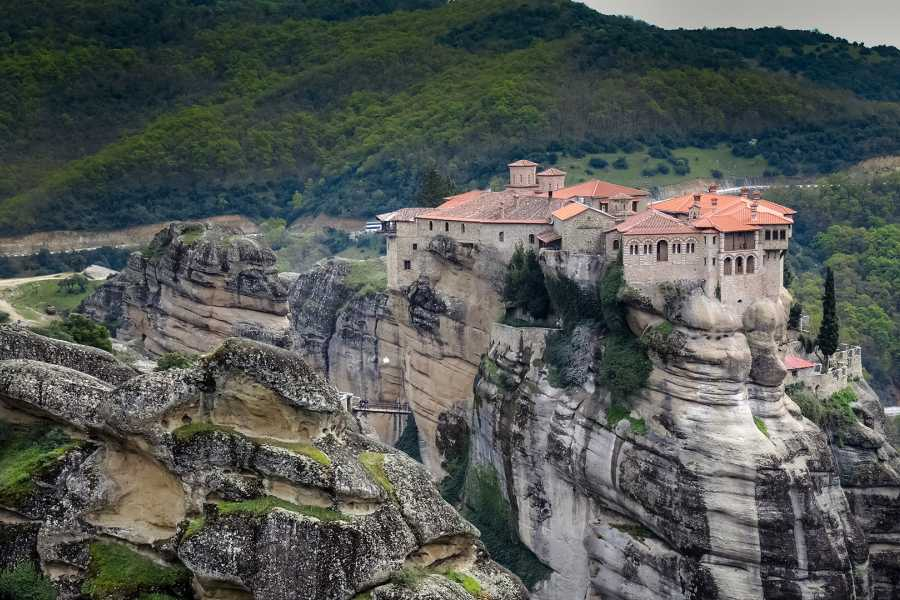 Grekaddict Thessaloniki to Meteora Private Transfer