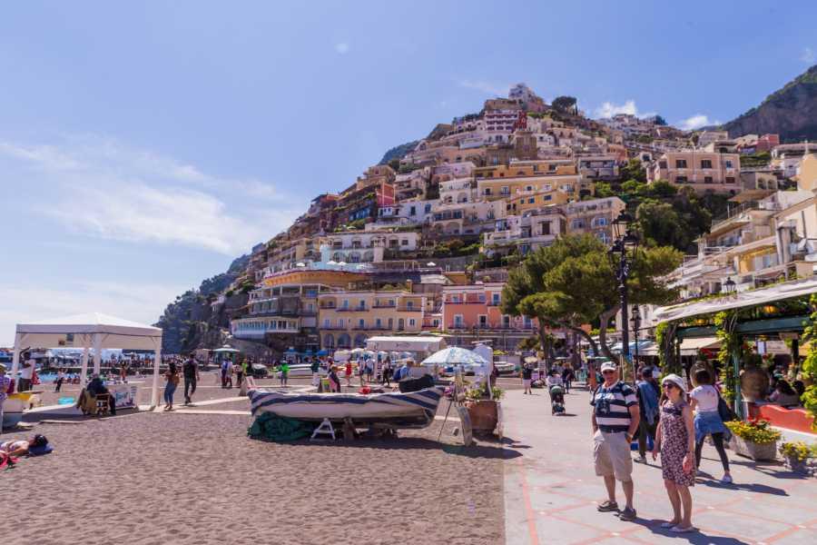 HP Travel Costiera Amalfitana in Bus da Napoli