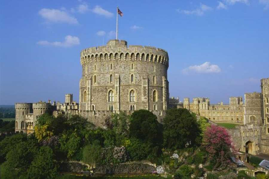 Halal Tourism Britain Windsor Halal lunch