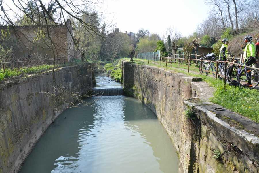 Bologna Welcome LA PIANURA IN BICI: IL CANALE NAVILE DA BOLOGNA A CASTEL MAGGIORE